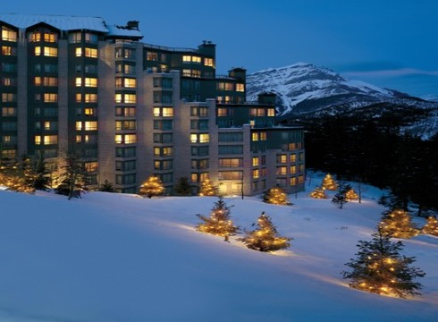 Hotel Rimrock Resort ski hotel in Banff