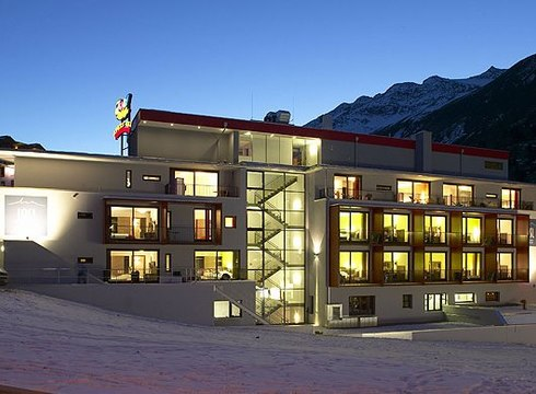 Hotel Josl Mountain Lodging ski hotel in Obergurgl