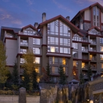 Hotel Westin Resort & Spa ski hotel in Whistler