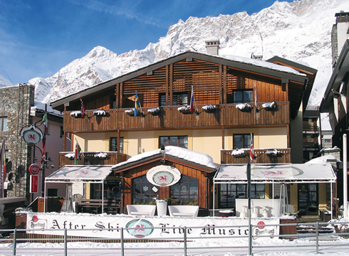 Chalet Hotel Dragon ski chalet in Cervinia