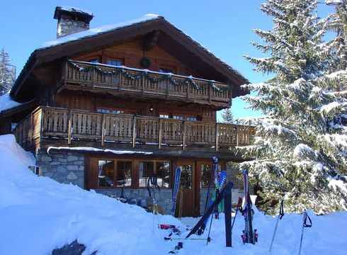 Chalet Maisonnee A ski chalet in Courchevel 1850