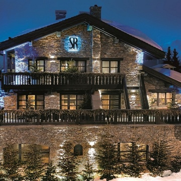 Hotel Saint Roch ski hotel in Courchevel 1850