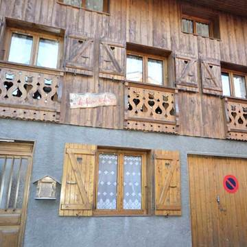 Chalet Louis ski chalet in Courchevel Le Praz