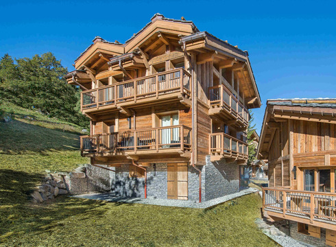Chalet Kibo ski chalet in Courchevel Village