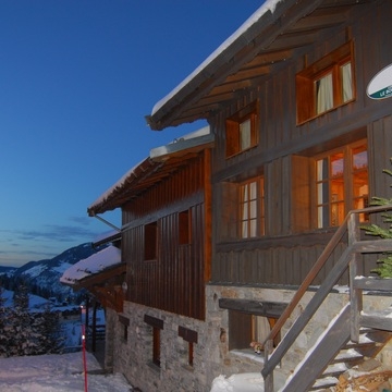 Chalet Bonheur ski chalet in Courchevel Moriond