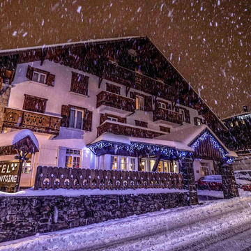 Chalet hotel in megeve d%27antoine