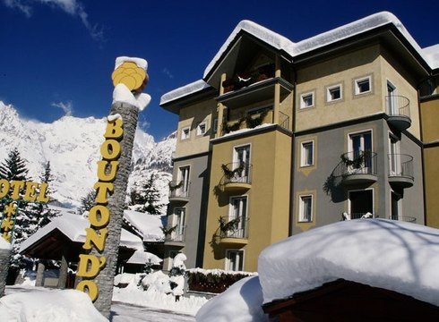 Hotel Bouton D' Or ski hotel in Courmayeur