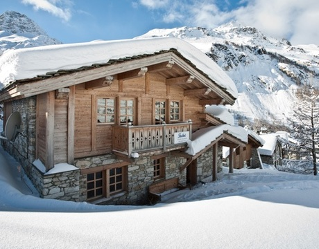 Ski in ski out chalets for easy access to the pistes - this is Chalet Arabella in Val d'Isere