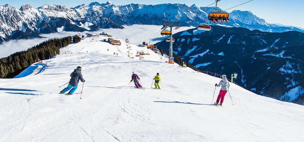 Best ski resorts for intermediate skiers and boarders - the fabulous views and gentle slopes of Saalbach Hinterglemm in Austria