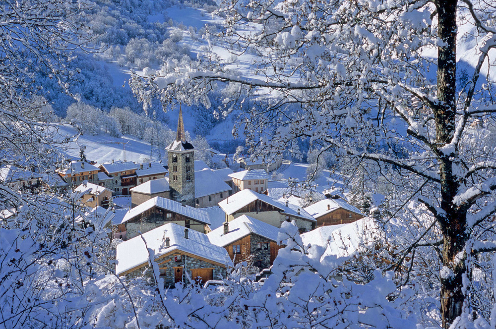 Ski resorts in France - the traditional and pretty resort of St Martin de Belleville in the Three Valleys