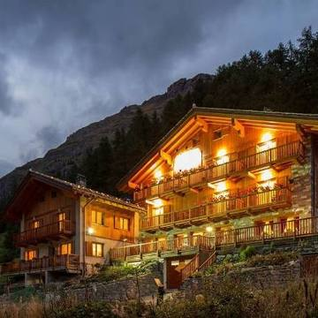 Hotel De Gletscher ski hotel in Gressoney