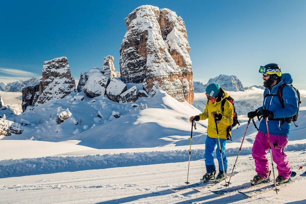 Ski resorts Italy - the stunning scenery of the Dolomite Mountains