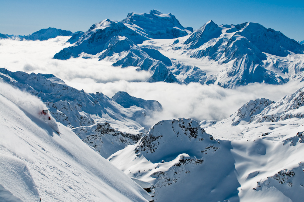 Ski holidays in the 4 Valleys - enjoy the extensive off piste skiing