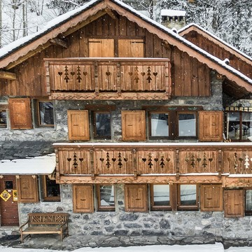 Chalet Grizzly ski chalet in Meribel