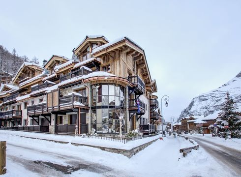 Chalet La Canadienne No.3 ski chalet in Val d'Isere