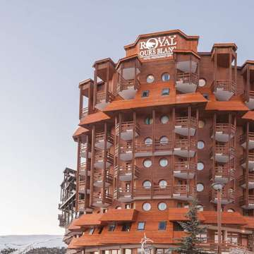 Hotel Royal Ours Blanc ski hotel in Alpe d'Huez