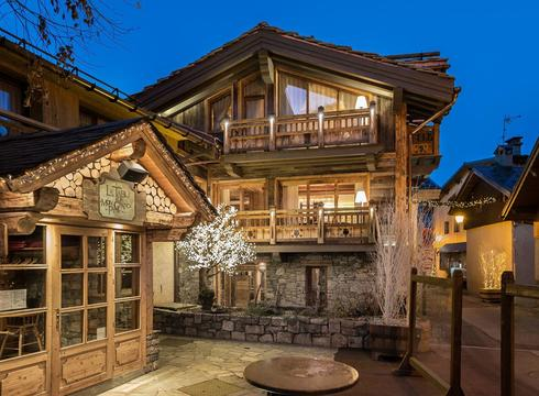 Chalets courchevel le praz white chalet