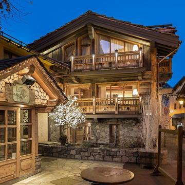 Chalet White ski chalet in Courchevel Le Praz