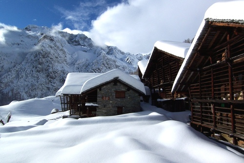 Ski holidays in Monterosa - the local Walser architecture