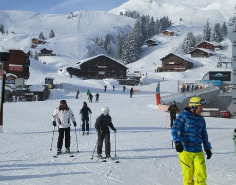 Les Crosets resort guide - ski in ski out accommodation