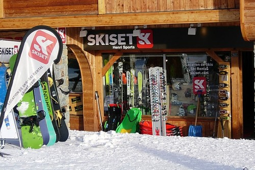 Ski hire Alpe d'Huez - Henri Sports on the slopes at Rond Point des Pistes