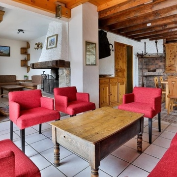 Chalet leopold sitting room 11245