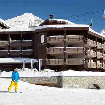 Luxury hotels in val thorens le val thorens