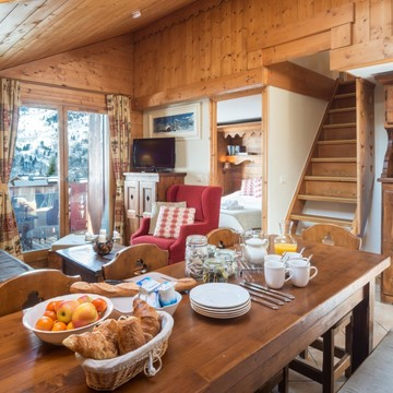 Apartment Rosa ski chalet in Meribel Village