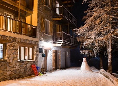 Chalet Hattiers Small Apartment ski chalet in Tignes (Les Brevieres)