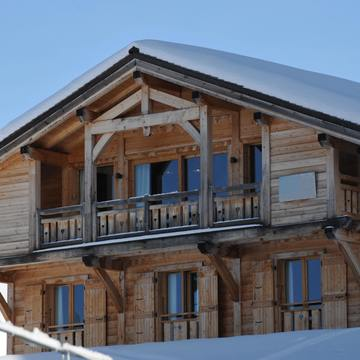 Chalet poudreuse avoriaz outside