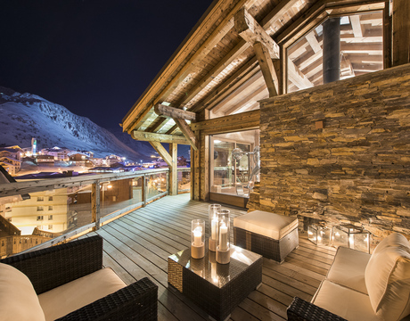 Ski_resort_Tignes_France