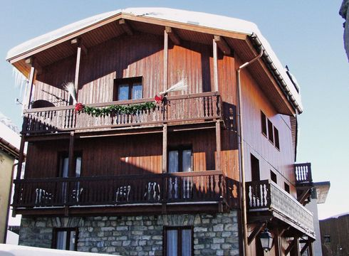Chalet Hotel Les Chardons ski chalet in Val d'Isere