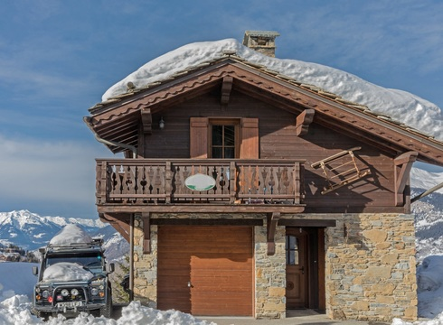 Chalet Mazot ski chalet in Courchevel Moriond