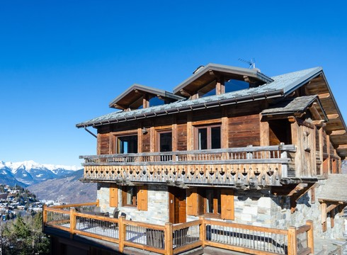 Chalet Eagles Nest ski chalet in Courchevel Moriond