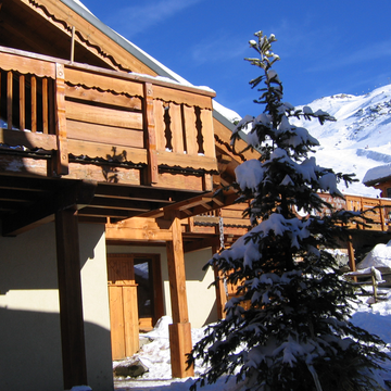 Chalet in the clouds%20%282%29