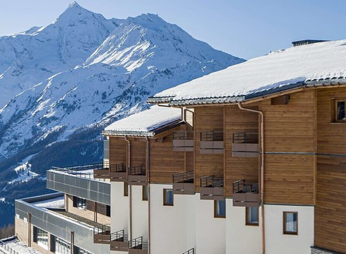 Club%20med%20la%20rosiere%20building